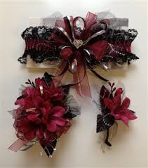 Cheap Corsages For Prom Corsages For A Maroon Dress Google Search Beauty Pinterest