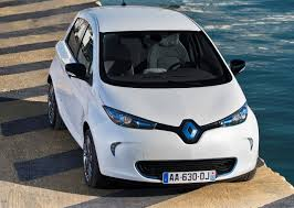 renault motor renault reportedly plans a 200 mile zoe for the paris motor show