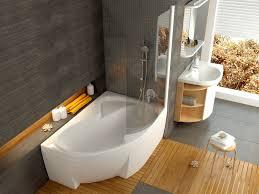Putz Im Badezimmer Raumspar Wanne 150 X 105 Cm Schürze Weiß Bodenlänge 113 Cm Inhalt
