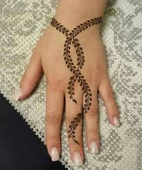 cute back hand henna tattoo designs storeyee