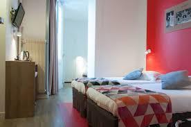 h el dans la chambre hôtel cœur de city stanislas by happyculture nancy centre gare
