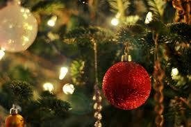 he said she said when should you put up your christmas tree