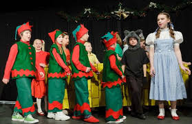 a wizard of oz musical play for to perform