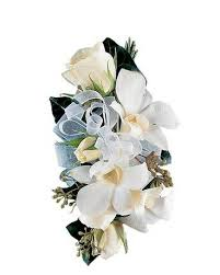 Corsage Flowers Prom Flowers Delivery Katy Tx Petal Patch Florist
