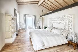 la chambre blanche ambiance sereine et relaxante dans la chambre blanche et beige obsigen