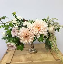 Wedding Floral Centerpieces by 199 Best Low Floral Centerpieces Images On Pinterest Centerpiece