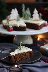 christmas cake with eggnog cream and christmas shortbreads