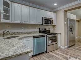 open floor plan levittown real estate levittown ny homes for