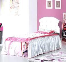 chambre fille et blanc chambre et blanc chambre grise et couffin bb blanc rideau