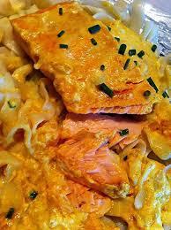 recette cuisine micro onde recette de pavé de saumon à la crème de curry micro ondes
