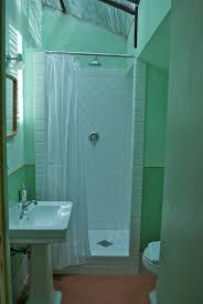 Mint Green Bathroom by I T A L I A N C O N F E T T I 08 2012