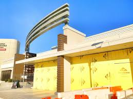 east moco wheaton construction update amc theatres bar louie