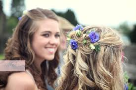 hair flowers with flowers in hair the wedding company the