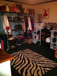 turning a spare bedroom into a dressing room walk in closet used
