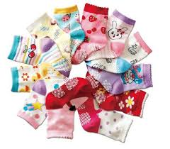 baby shower for large groups baby shower ideas for large groups match the baby socks