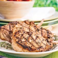 cuisiner une cote de veau côte de veau marinée au thym ail et miel recettes cuisine et