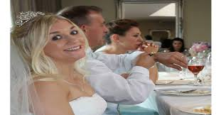 vendre sa robe de mariã e la femme a été trompée par mari pour se venger vend sa
