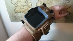 what modern gadgets could learn from fallout 4 u0027s pip boy kotaku