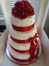 wedding cake roses 10 beautiful wedding cakes we