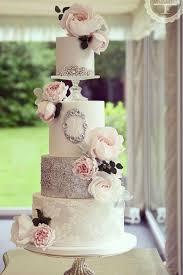 amazing wedding cakes 10 amazing wedding cake designers we totally wedding cake