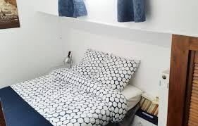 chambre d hote villeneuve les maguelone alphonsia chambres d hôtes péniche à villeneuve lès