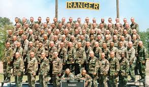 first female soldiers graduate elite army ranger school first 2 female soldiers to graduate u s army ranger school