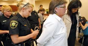 north carolina woman kicked out of ladies u0027 bathroom by police