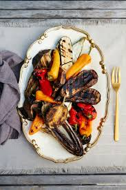 Summer Lunches Entertaining - six go to tips for summer entertaining from donatella arpaia
