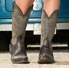 s boots country 110 best ariat boots images on country outfitter