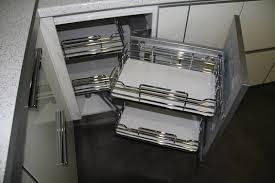 cassetti per cucina gallery of cassetti e cestoni da angolo mobili per cucina ad