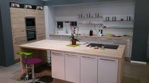 cuisines aviva com modele cuisine aviva trendy cuisine toute quipe aviva