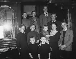 1951 m s
