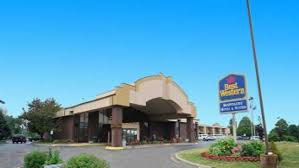 grand rapids mi airport best western hospitality hotel suites grand rapids airport