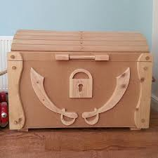 Wooden Toy Box Diy by Wooden Pirate Treasure Chest Toy Box Pirate Treasure Chest