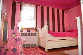 striped wall light pink and red bedroom that can be decor with