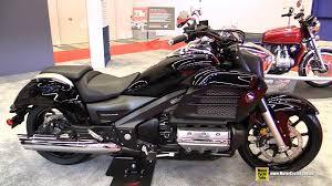 2015 Honda Gold Wing Valkyrie Black Walkaround 2015 Salon Moto De