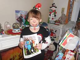 orphaned fire survivor sa u0027fyre receives million christmas cards in