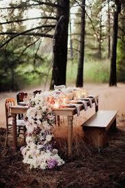 16 diy wedding table runner ideas