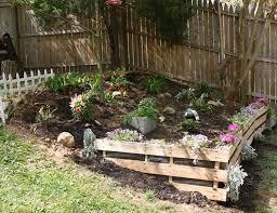 Wood Pallet Garden Ideas Pallet Retaining Wall Yard Garden Pinterest Retaining