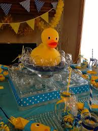 Rubber Ducky Baby Shower Centerpieces by 25 Best Ideas Rubber Duckie Party Images On Pinterest Ducky