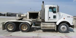 buy kenworth t800 2004 kenworth t800 semi truck item b4895 sold april 24