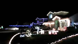 christmas light show house music christmas lights 13 houses set to little drummer boy time 3