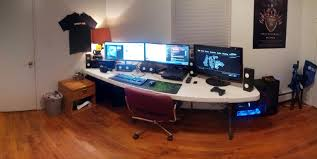 my new setup tailored for pc gaming and grand theft auto 5 imgur