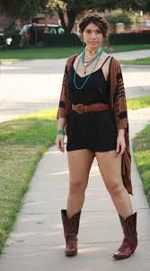with cowboy boots 19 ways to wear cowboy shoes