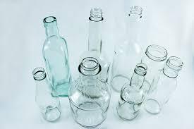 How To Paint Inside Glass Vases Diy Painted Glass Bottle Vases Glass Bottle Craft