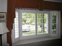 Wooden Plantation Blinds Real Wood Vs Faux Wood Plantation Shutters Indoor Shutters