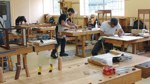 hands on learning woodworking classes in canada