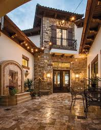 style homes with interior courtyards best 25 tuscan style homes ideas on mediterranean