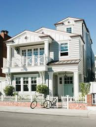Golden Girls House Hermosa Beach House Is Designed For Living Golden State