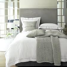deco chambre gris et blanc chambre grise et blanc idaces deco chambre gris et taupe et blanc